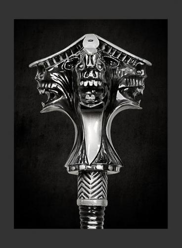 Age-of-Conan-Atlantean-MAce