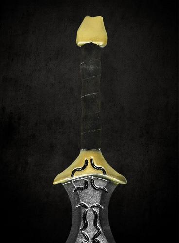 Age-of-Conan-Cimmerian-Sword-with-Runes